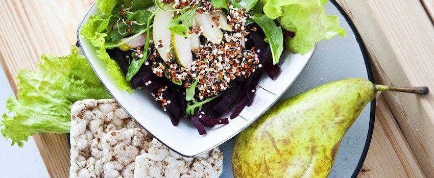 Salát z pečených hrušek s lucumou