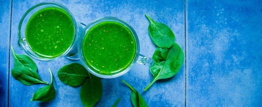 Špenátové smoothie se zeleným ječmenem